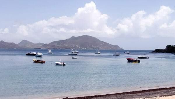 Nevis Water Taxi Oualie Beach