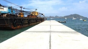 Oualie Bay Water Taxi Pier