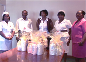 Alexandra Hospital Staff Accept Donations
