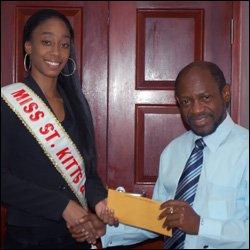 Fatisha Imo With PM Douglas