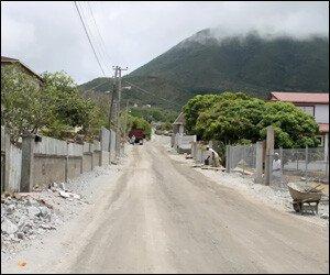 hanleys-road-nevis-island
