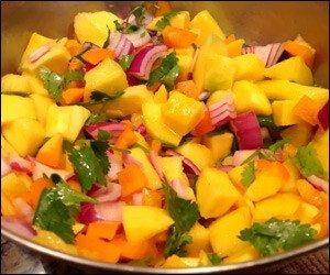 Fresh Mango Salsa Recipe – Caribbean Style!