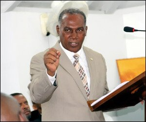 nevis-premier-delivers-2015-budget
