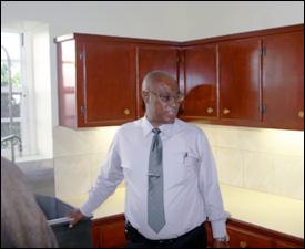 Premier Parry Inspects New Kitchen
