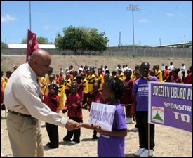 Minister Daniel Meets With Athletes At Grove Park