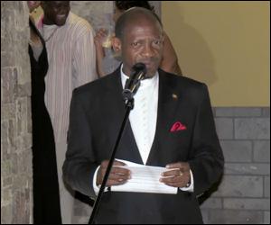 PM Douglas Addresses PEP Workers