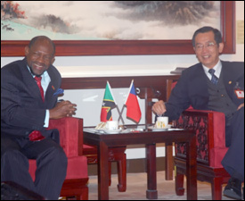 PM Douglas and VM Ho Pin Fu