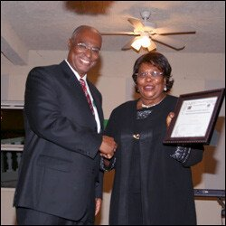 Clementine Jeffers Accepts Award