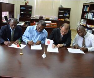 Officials Sign Renewable Energy Agreement