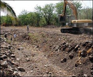 Cleaning Stoney Grove Ghaut