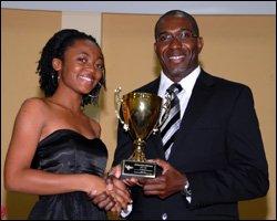 Ms. Xavienne-Roma Richardson Accepts Award